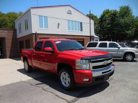 2007 Chevrolet Silverado 1500 for sale at 401 Auto Sales & Service in Smithfield RI