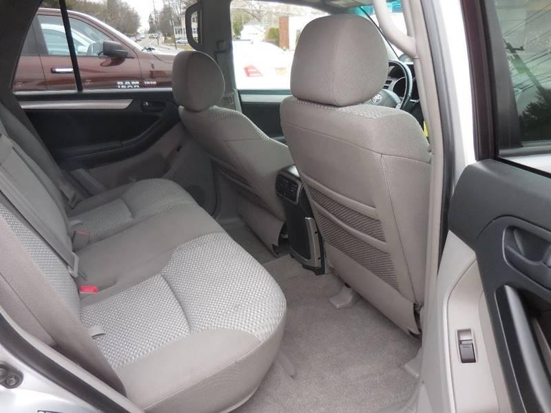 2007 Toyota 4Runner SR5 4dr SUV 4WD V6 - Smithfield RI