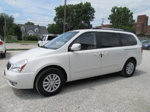 2014 Kia Sedona for sale in Akron, OH