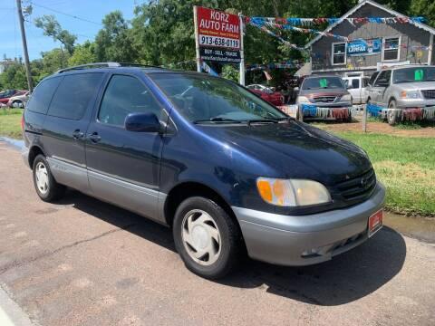 2001 Toyota Sienna for sale at Korz Auto Farm in Kansas City KS
