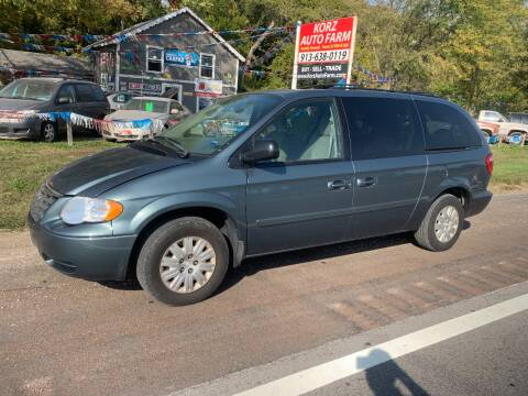 2006 Chrysler Town and Country for sale at Korz Auto Farm in Kansas City KS