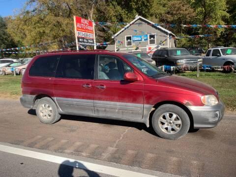 2004 Kia Sedona for sale at Korz Auto Farm in Kansas City KS