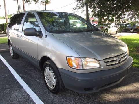 2001 Toyota Sienna for sale in Richmond, TX