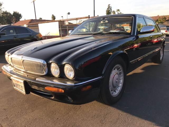2000 Jaguar XJ Series Vanden Plas 4dr Sedan   El Cajon CA