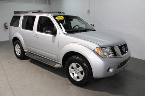 2011 Nissan Pathfinder for sale in Twinsburg, OH