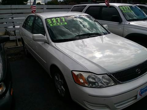 2000 Toyota Avalon for sale in Cincinnati, OH