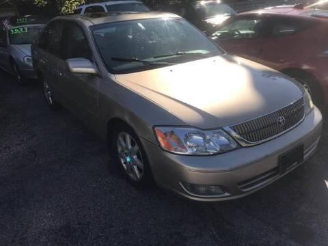 2002 Toyota Avalon XLS for sale at Klein on Vine in Cincinnati OH