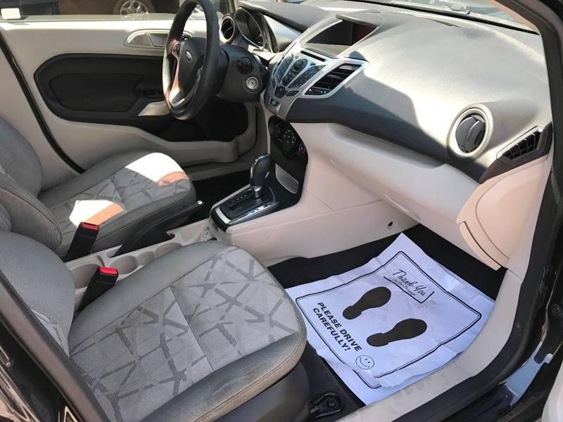 2013 Ford Fiesta SE 4dr Sedan - Norwalk OH