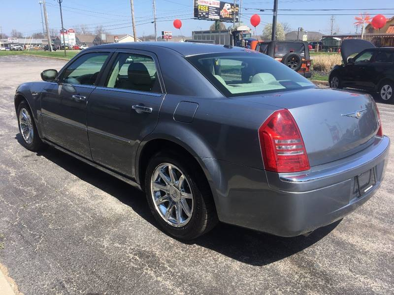 2006 Chrysler 300 C 4dr Sedan - Norwalk OH