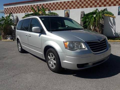2010 Chrysler Town and Country for sale in San Antonio, TX