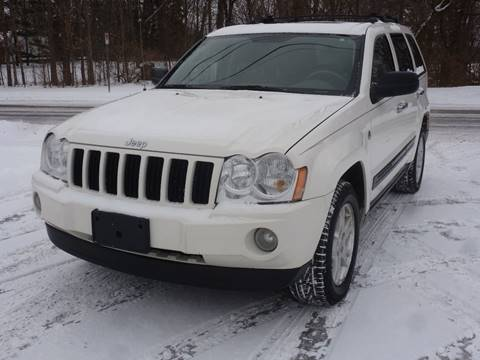 2006 Jeep Grand Cherokee for sale at A1 Auto Sales in Chisago City MN