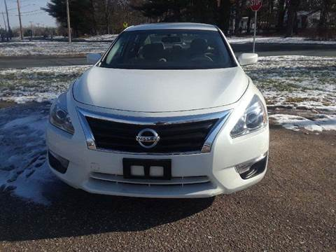 2014 Nissan Altima for sale at A1 Auto Sales in Chisago City MN