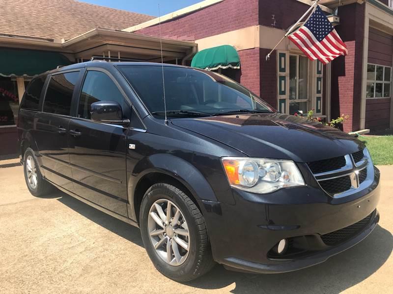 2014 Dodge Grand Caravan for sale at FIRESTATION AUTO CENTER in Tyler TX