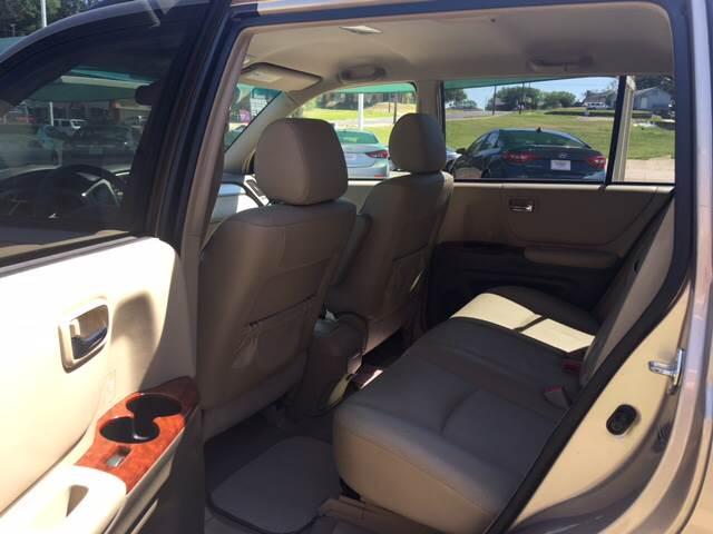 2004 Toyota Highlander Limited 4dr SUV w/3rd Row - Tyler TX