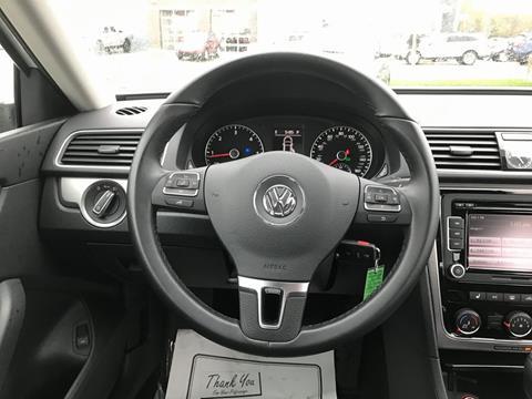 2015 Volkswagen Passat for sale in Muskegon, MI