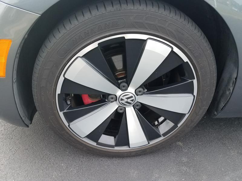 2012 Volkswagen Beetle TURBO - Portsmouth VA