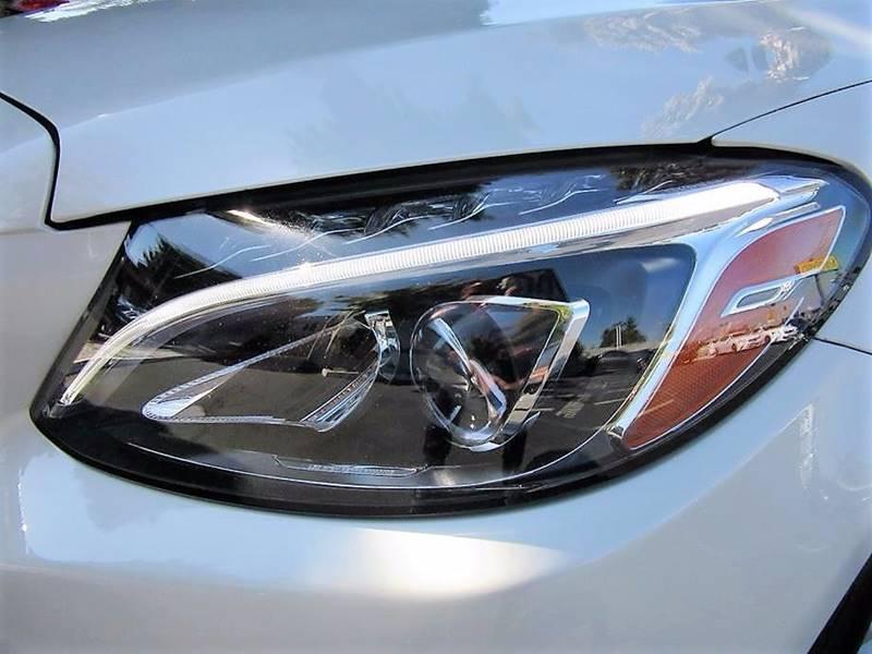 Vehicle Options & 2015 Mercedes-Benz C-Class C 300 4dr Sedan In San Jose CA - Top ... azcodes.com
