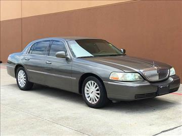 2003 Lincoln Town Car for sale in Houston, TX