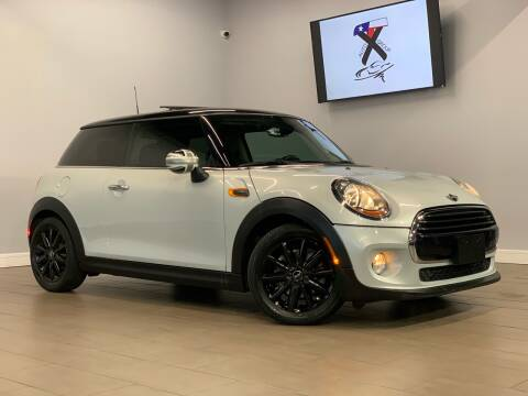 2016 MINI Hardtop 2 Door for sale at TX Auto Group in Houston TX