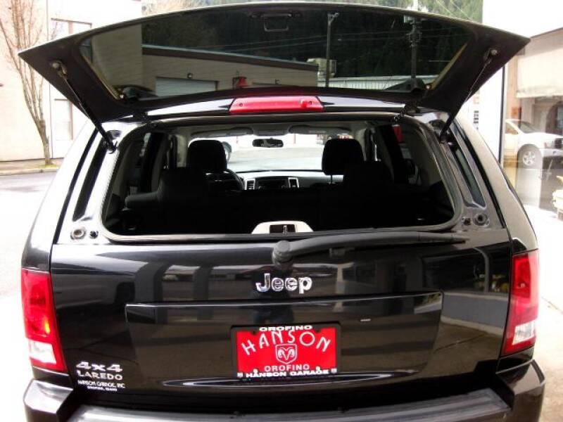 2010 Jeep Grand Cherokee Laredo (image 17)