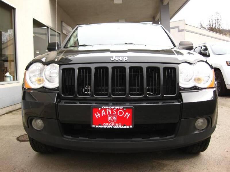 2010 Jeep Grand Cherokee Laredo (image 25)