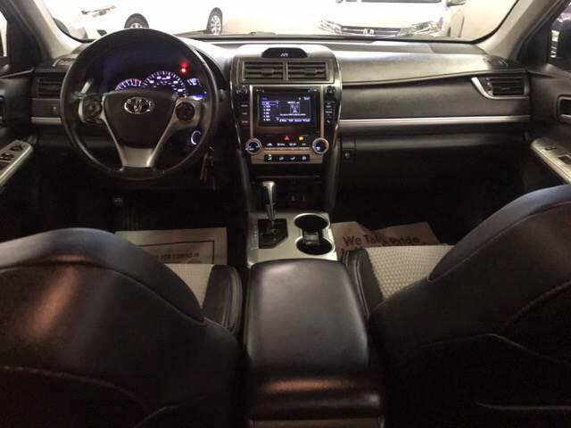 2014 Toyota Camry SE 4dr Sedan - Columbus OH