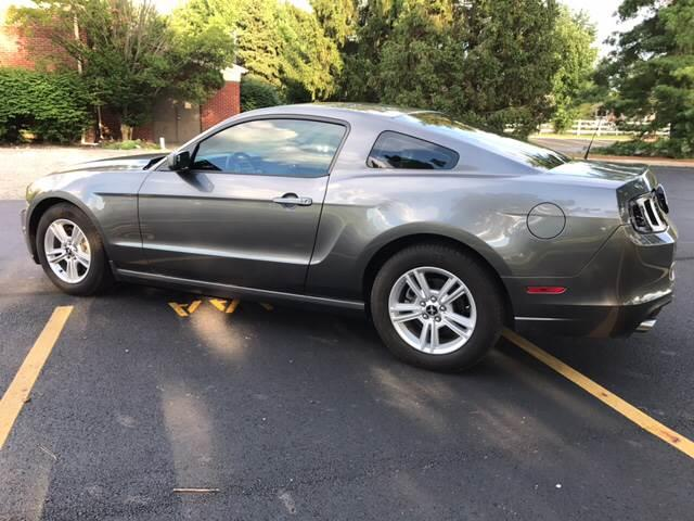 2014 Ford Mustang V6 2dr Fastback - Columbus OH
