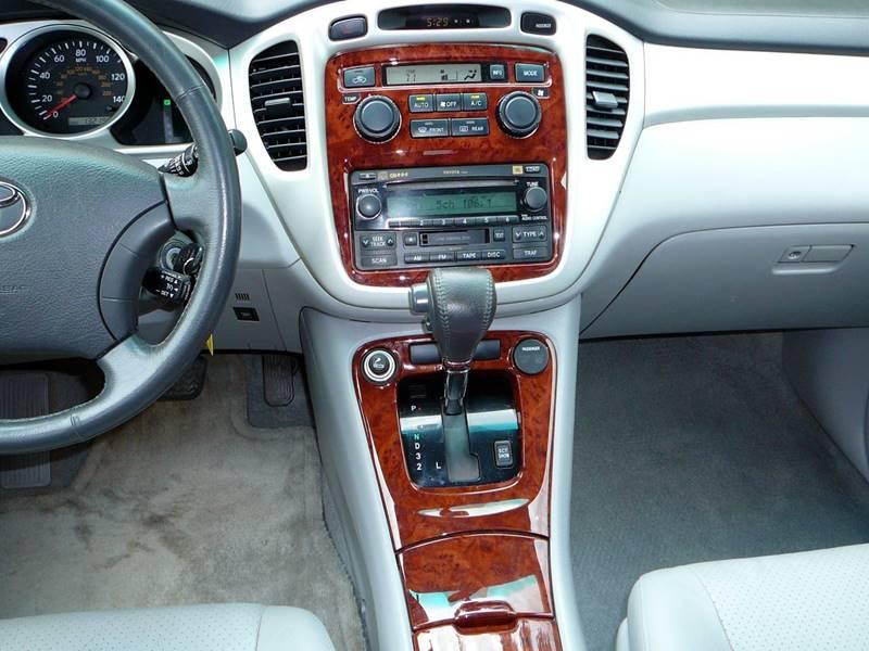2005 Toyota Highlander Limited 4dr SUV w/3rd Row - Durham NC