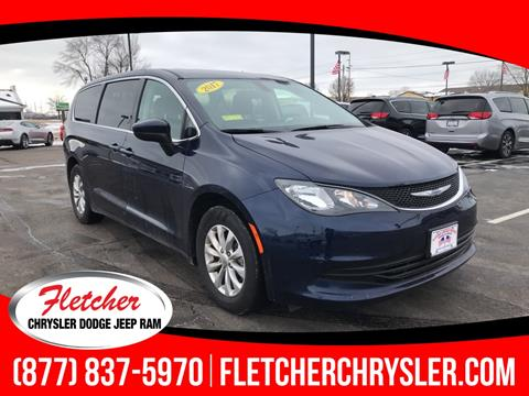 2017 Chrysler Pacifica for sale in Franklin, IN