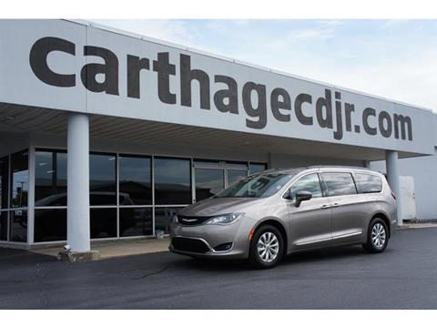 2017 Chrysler Pacifica for sale in Carthage, MO