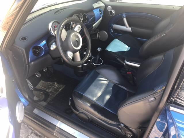 2006 MINI Cooper S 2dr Hatchback - Baltimore MD