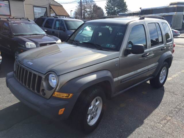 2005 jeep liberty 4x4 system