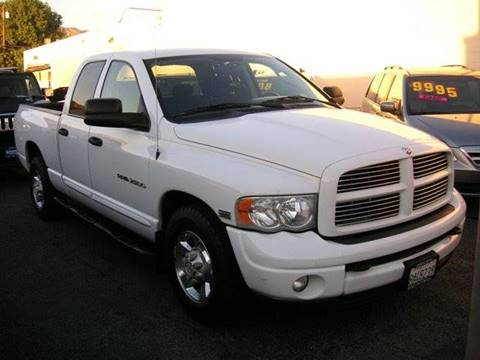 2004 Dodge Ram Pickup 2500 for sale at Sanmiguel Motors in South Gate CA