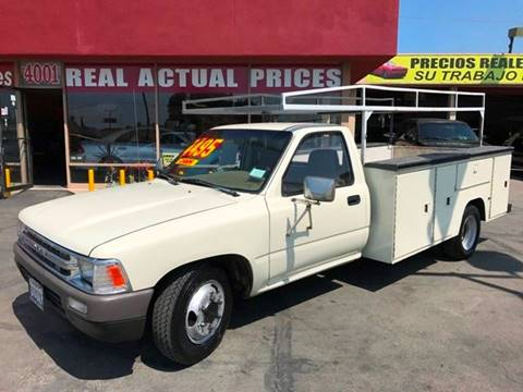 1990 Toyota Pickup for sale at Sanmiguel Motors in South Gate CA