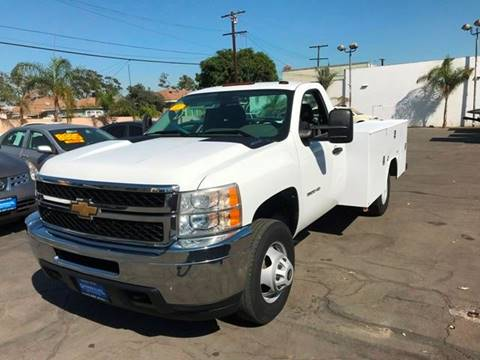 2011 Chevrolet Silverado 3500HD for sale at Sanmiguel Motors in South Gate CA