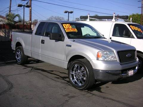 2005 Ford F-150 for sale at Sanmiguel Motors in South Gate CA