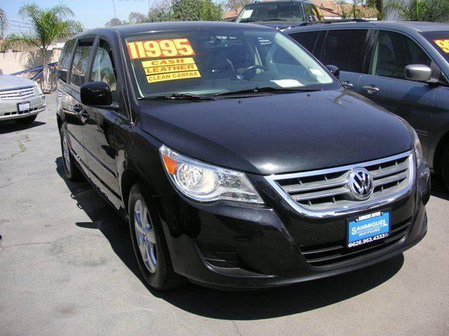 2010 Volkswagen Routan for sale at Sanmiguel Motors in South Gate CA