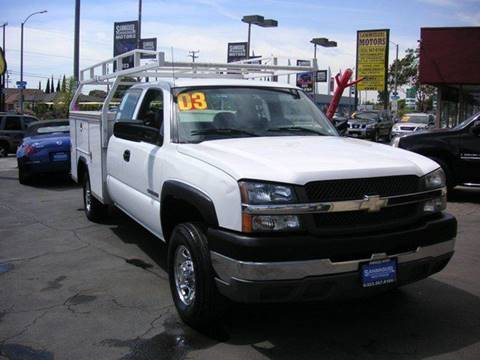2003 Chevrolet Silverado 2500HD for sale at Sanmiguel Motors in South Gate CA