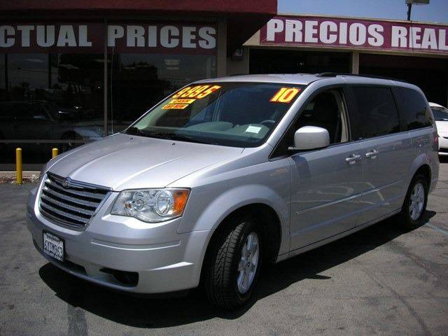 2010 Chrysler Town and Country for sale at Sanmiguel Motors in South Gate CA
