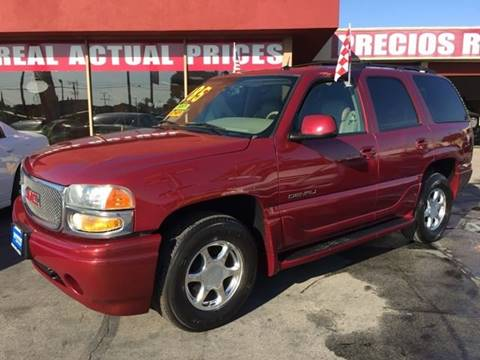 2004 GMC Yukon for sale at Sanmiguel Motors in South Gate CA