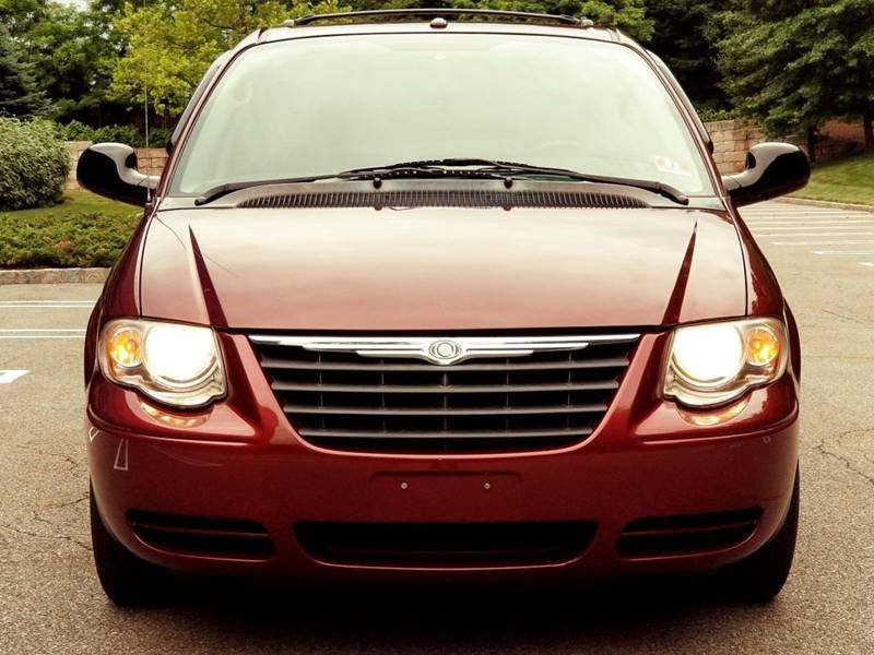 2007 chrysler town and country touring 4dr extended mini van in hasbrouck heights nj sk auto. Black Bedroom Furniture Sets. Home Design Ideas