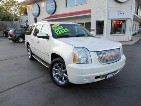 2010 GMC Yukon XL for sale in Crest Hill, IL