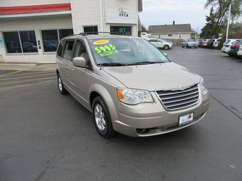 2009 Chrysler Town and Country for sale in Crest Hill, IL