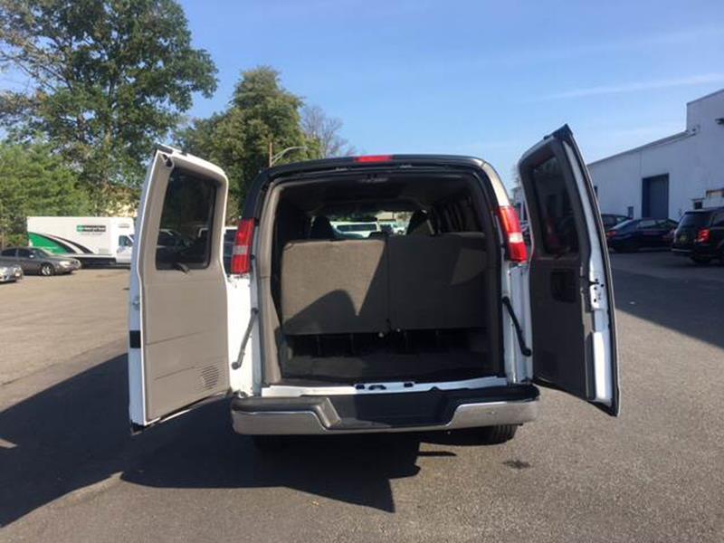 2017 Chevrolet Express Passenger LT 2500 3dr Passenger Van - Lakewood NJ