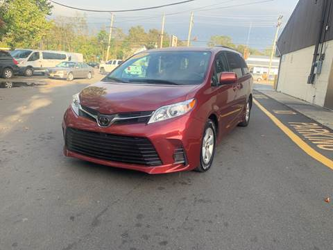 2018 Toyota Sienna for sale in Lakewood, NJ