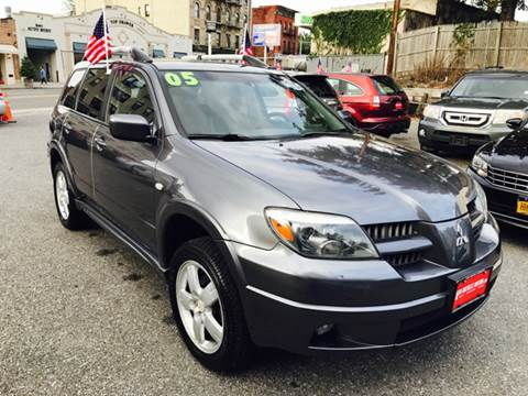 2005 Mitsubishi Outlander for sale in New Rochelle, NY