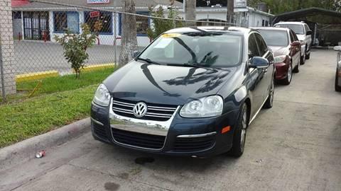 2005 Volkswagen Jetta for sale at Express AutoPlex in Brownsville TX