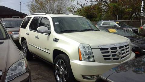 2009 Cadillac Escalade for sale at Express AutoPlex in Brownsville TX