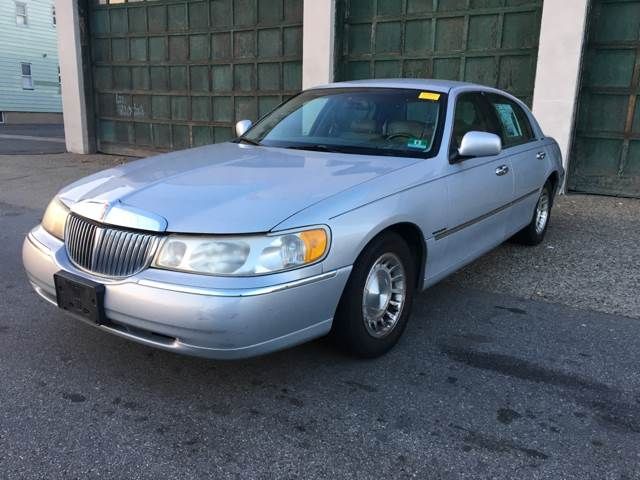 1998 Lincoln Town Car Executive In Paterson Nj Illinois Auto Sales