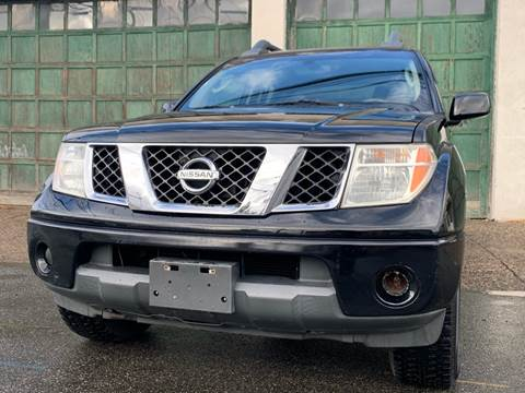 2005 Nissan Frontier LE for sale at Illinois Auto Sales in Paterson NJ